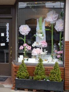 Vitrine de Natal   Ideias e dicas inspiradoras para decoração de vitrines de lojas em 150 fotos