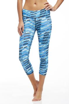 Salar Capri - Blue Impulse Print - Fabletics