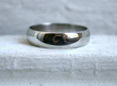 Classic Men's Vintage Platinum Wedding Band by GoldAdore on Etsy, $895.00