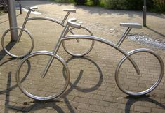Bicicletário inovador Welding Art Projects, Metal Art Projects, Metal Crafts, House Plants Decor, Plant Decor, Wrought Iron Candle Holders, Stainless Steel Railing, Diy Crafts Hacks, Metal Garden Art