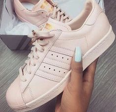 adidas, shoes, and pink Bild