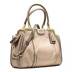 LOVE it #bags #fashion This is my dream handbags-fashion handbags!!- luxury bags. Click pics for best price ♥ handbags ♥