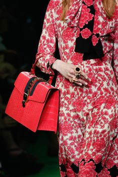 Gucci Spring 2017 Menswear Fashion Show Details, сумки модные брендовые, bags lovers, http://bags-lovers.livejournal