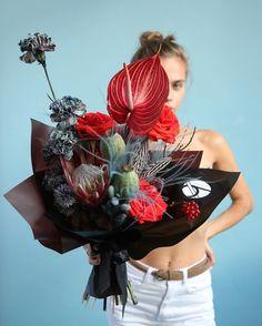 Flowers For Men, Faux Flowers, Silk Flowers, Dried Flowers, Beautiful Flower Arrangements, Floral Arrangements, Amazing Flowers, Beautiful Flowers, Floral Design School
