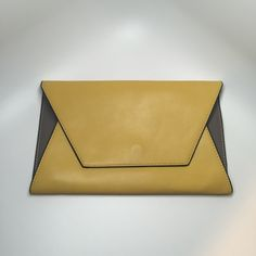 "Zara color block clutch Sleek color block clutch by Zara, like new! 7 3/4"" H X 11 3/4"" L Zara Bags Clutches & Wristlets"