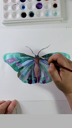 Watercolor Painting Abstract patterns in watercolor paint with beautiful gradients. Butterfly Drawing, Butterfly Watercolor, Watercolour Painting, Painting & Drawing, Simple Watercolor, Butterfly Painting, Painting Abstract, Watercolors, Cool Pattern Designs