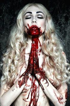 Blood --- se calhar demasiado.