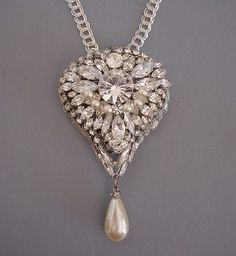 Max Muller unsigned clear rhinestone, glass pearls pendant 1960