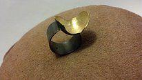Anel em prata com banho de ouro e ródio negro #cariocasdajoia #prata #silver #anel #ring #joia #artesanato #feitopormim #manufaturado #sandrapaulo