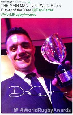 Dan Carter nommé joueur mondial de l'année que les All Blacks dominent récompenses après le triomphe de la Coupe du Monde de Rugby | Daily Mail en ligne
