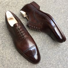"""853 Likes, 18 Comments - SAINT CRISPIN'S (@saintcrispins) on Instagram: """"Mod. 542ST - Straight toe cap dress derby in dark chocolate brown on classic last on Japanese soil…"""""""