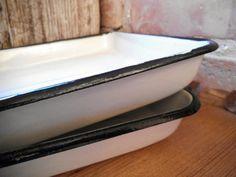 Enamel trays Set of 2 Enamelware Vintage by VintageVoyageLV