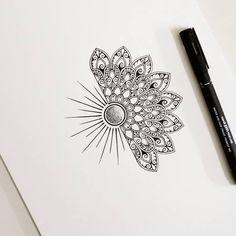 Delicate and beautiful 30 simple mandala tattoo design ideas for women Mandala Tattoo – Fashion Tattoos Mandala Tattoo Design, Mandala Art, Simple Mandala Tattoo, Mandala Hand Tattoos, Mandala Drawing, Tattoo Designs, Sunflower Mandala Tattoo, Paisley Tattoos, Designs Mehndi