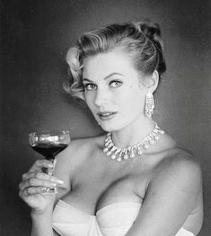 Anita Ekberg Anita Ekberg, Pearl Necklace, Pin Up, Fashion, String Of Pearls, Fashion Styles, Pearl Necklaces, Pinup, Beaded Necklace