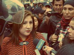 Fiscal llegó a conversar con protestantes [Foto: Candy Castro / Spacio Libre]