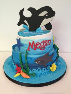 Orca killer whale birthday cake