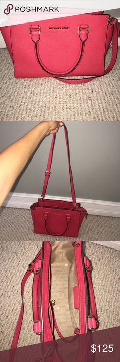 Purse Perfect condition used Michael Kors purse. Great for Game days and the upcoming Spring with it's beautiful color! Michael Kors Bags Crossbody Bags