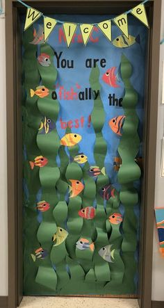 Ideas Classroom Door Decorations Under The Sea Summer Door Decorations, Under The Sea Decorations, Class Decoration, Door Decoration For Preschool, Ocean Theme Decorations, Under The Sea Crafts, Classroom Displays, Classroom Themes, Ocean Themed Classroom