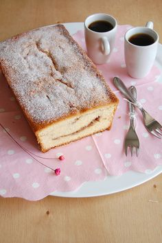 Cinnamon swirl loaf cake / Bolo mesclado com canela by Patricia Scarpin, via Flickr