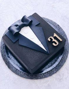 58 trendy birthday cupcakes for men friends Birthday Cakes For Men, Birthday Cake For Husband, Birthday Cupcakes, Husband Cake, Birthday Desserts, Birthday Recipes, 30th Birthday, Birthday Ideas, Fondant Cupcakes