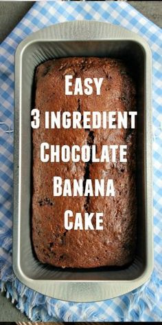 Banana bread for breakfast? Make this Chocolate Banana Bread. It is moist, tender, and a chocolate lovers dream! It is the BEST banana bread recipe. Try this easy bread recipe now! Frozen Banana Recipes, Banana Recipes Easy, Easy Bread Recipes, Cake Mix Banana Bread, Easy Banana Bread, Chocolate Chip Banana Bread, Cake Mix Muffins, 3 Ingredient Banana Bread Recipe, 3 Ingredient Recipes