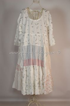 This is a sweet and delicate Mori Girl, Romantic Cowgirl, Shabby Chic kind of dress.