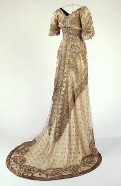 Evening Gown 1912. Like Jane Seymour's in Somewhere in Time.