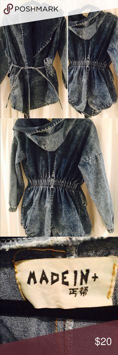 SALE! Stylish Denim jacket 💙🛍👌🏻 XS super stylish!! Denim jacket ! Comes from house smoke free pet free!🎁😊🛍💙 japan Jackets & Coats Jean Jackets