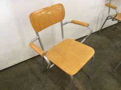 4 st stoelen met armleuning prijs Eur 235,- voor de 4 stuks.