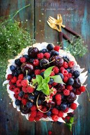 Angel's food: Tort de vara cu zmeura, cirese, afine si bezea Fruit Salad, Pies, I Love, Fruit Salads