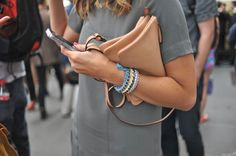 Milan Fashion Week #StreetStyle #Fashion #MFW #MilanFashionWeek #Bags