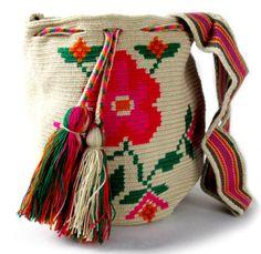 elblogdeanasuero_Bolsos étnicos_Wayúu bolso flores guanábana