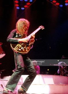 Steve Howe from Yes performs live on stage at Madison Square Garden in New York in June 1979