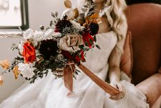 Modern and moody floral vibes from this intimate elopement. Photographer: Chelsea Littleton Photography Florist: Ever Something Venue: Spain Ranch Black Barn Tulsa, Ok. Black Barn, Chelsea, Wreaths, Floral, Ranch, Modern, Spain, Photography, Guest Ranch