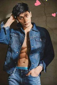 Korean Men, Asian Men, Most Beautiful Faces, Beautiful Men, Asian Actors, Korean Actors, Korean Drama Romance, Young Johnny Depp, Yoo Seung Ho