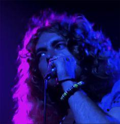 Robert Plant performing 'Over The Hills and Far Away' at Madison Square Garden, Robert Plant Led Zeppelin, Jimmy Page, Great Bands, Cool Bands, John Bonham, John Paul Jones, Folk Music, Album, Classic Rock