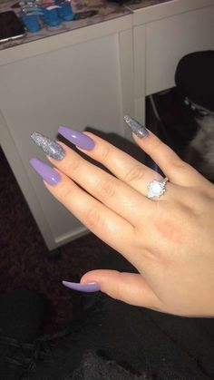 A suttle and classy look of lavendar and greyish silver coffin nails💅 Acrylic Nails Coffin Short, Best Acrylic Nails, Acrylic Nail Designs, Coffin Nails, Acylic Nails, Fire Nails, Ballerina Nails, Glam Nails, Nagel Gel