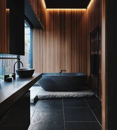 #allofarchitecture Bathroom is designed by @splinter_society_architecture and the photo is made by @jack.lovel