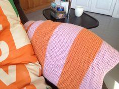 Håndarbeiden » Far min strikker tepper - strikkig - strikk - teppe - craft - DIY - knitting - blanket