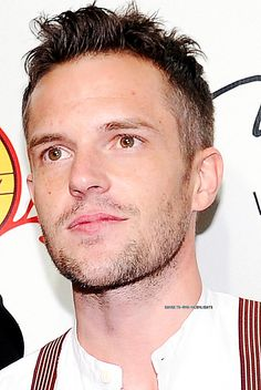 Love Brandon Flowers with a little scruff.