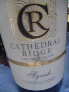 My Glorious Vino con Vista Weekend in Hood River Oregon Hood River Oregon, Wine, Bottle, Flask, Jars