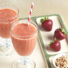 You can't go wrong with a delicious Strawberry Banana Smoothie Recipe to start off your day with a delicious and healthy breakfast!