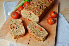 Rulada din carne tocata cu legume | Mince Meat, Easter Recipes, Meatloaf, Banana Bread, Food And Drink, Cooking, Desserts, Mai, Blog