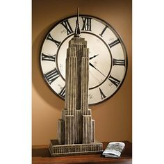 DB383111 - Art Deco Empire State Building Statue - New York - The Big Apple!!