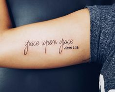 Here are Stunning Tiny Quote Tattoos Ideas for Women. Comment below your favourite Tattoos design. Hope you liked these Tattoos Ideas. We'd love to hear from you about your favourite Tat 16 Tattoo, Herz Tattoo, Get A Tattoo, Tattoo Arm, Psalm 23 Tattoo, Jeremiah 29 11 Tattoo, Agape Tattoo, Saved Tattoo, Tattoos For Women On Thigh