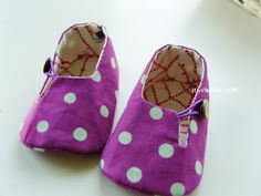 Ithinksew pattern for baby shoes. Cute design