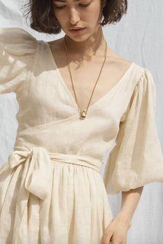 Looks Hippie, Look Fashion, Womens Fashion, Street Fashion, Mode Hijab, Linen Dresses, Wrap Dress, Feminine, Style Inspiration