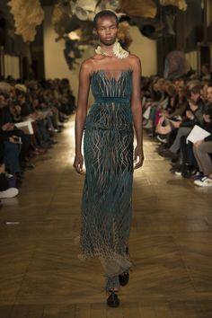 Iris van Herpen Spring 2018 Couture Collection - Vogue