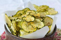 17 Healthy alternatives to potato chips that aren't kale! - Most are low carb.