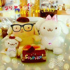 うちのプリンちゃんの誕生日パーティーです! ケーキは二つ(笑) Yeah~#ポムポムプリン #プリン #サンリオ #誕生日 #パーティー #ケーキ #pompompurin #purin #sanrio #birthday #Party #cake